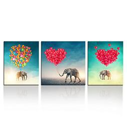 Kreative Arts - Elephant Flying with Love Balloons in the Sk