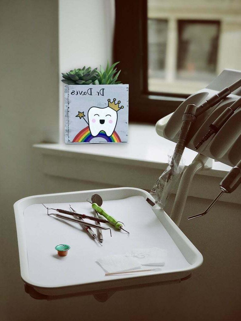 Dentist Planter - Personalized -